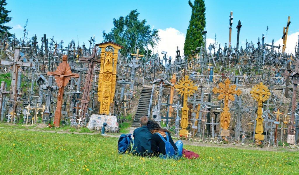 Collina delle croci una prova di fede mistica in lituania for Planimetrie del paese di collina