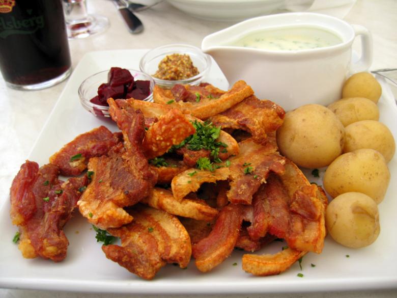 piatto nazionale danese stegt flæsk