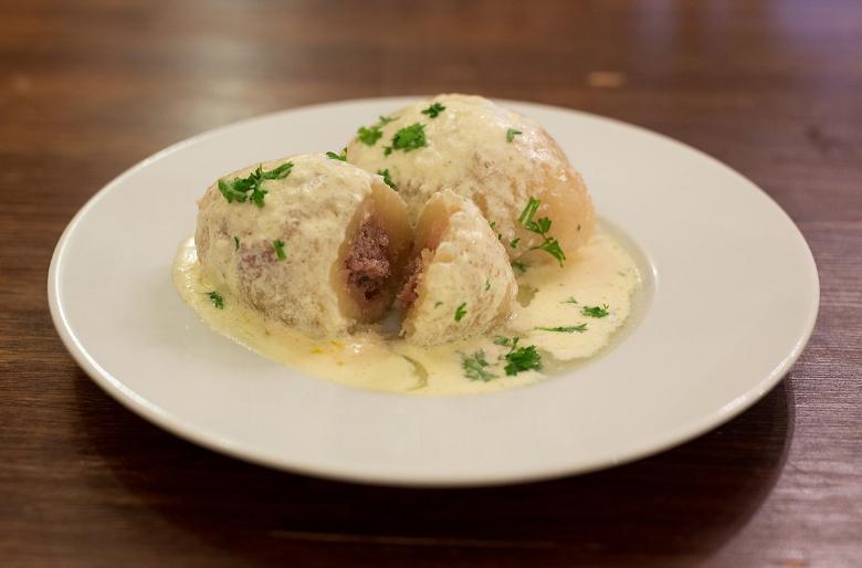 piatto tipico vilnius cepelinai