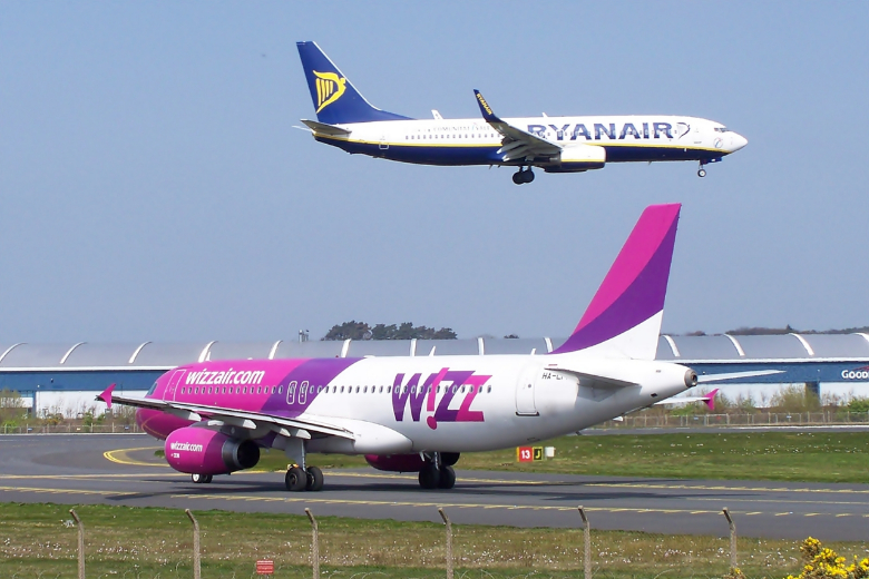 wizzair ryanair decollo