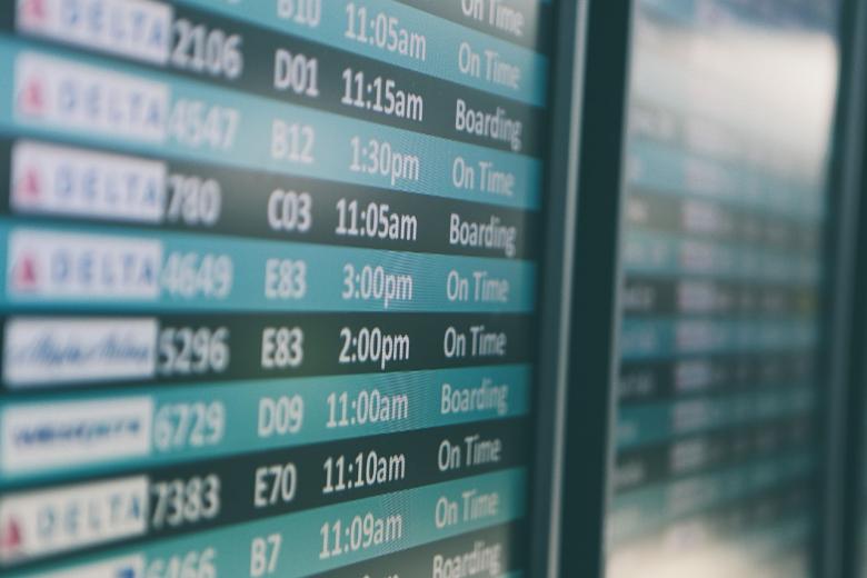 tabellone orari aeroporto