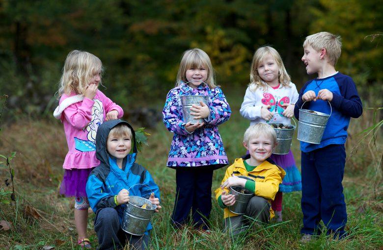 bambini sorridenti minorenni