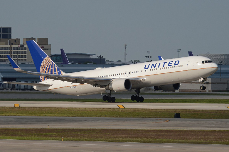 united airlines velivolo
