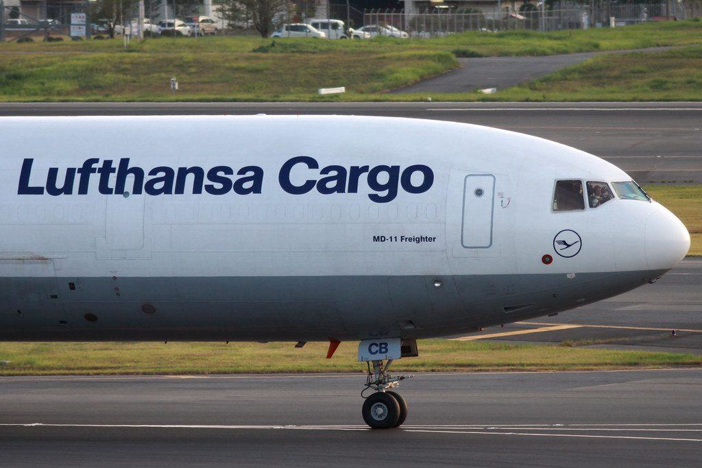lufthansa cargo aereo