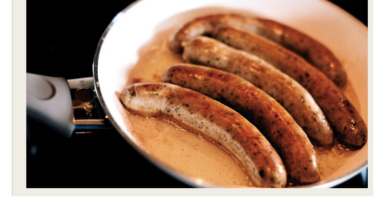 bratwurst: cibo tradizionale norimberga